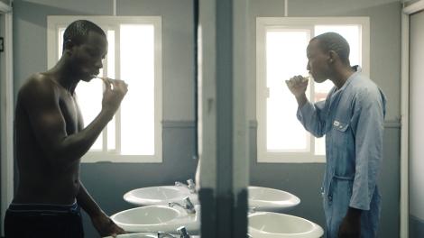 2-paul-in-mirror